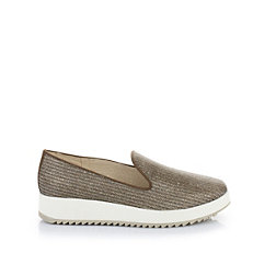 Buffalo Plateau Slip On in bronze