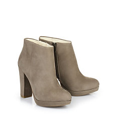 Buffalo Ankle Boots in sand