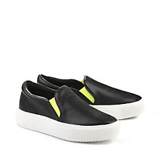 Buffalo Slip On in schwarz