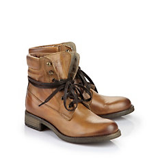 Buffalo Boots aus Leder in used-Optik